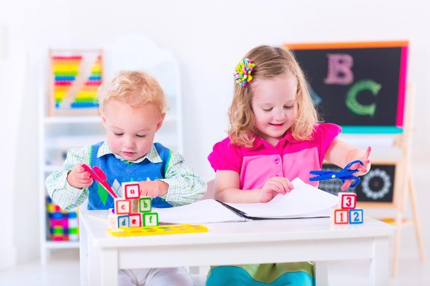 Дети дошкольного возраста могут иметь общую зону для развития и творчества
