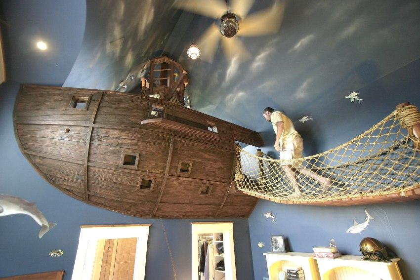 Тематическое оформление комнаты в морском стиле