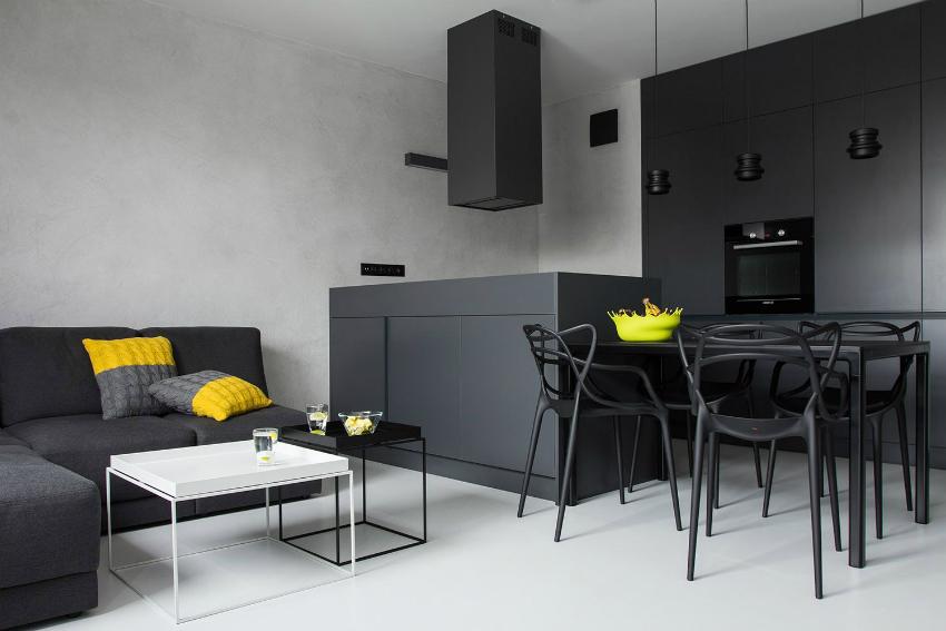 Хай-тек больше используется для квартир-студий