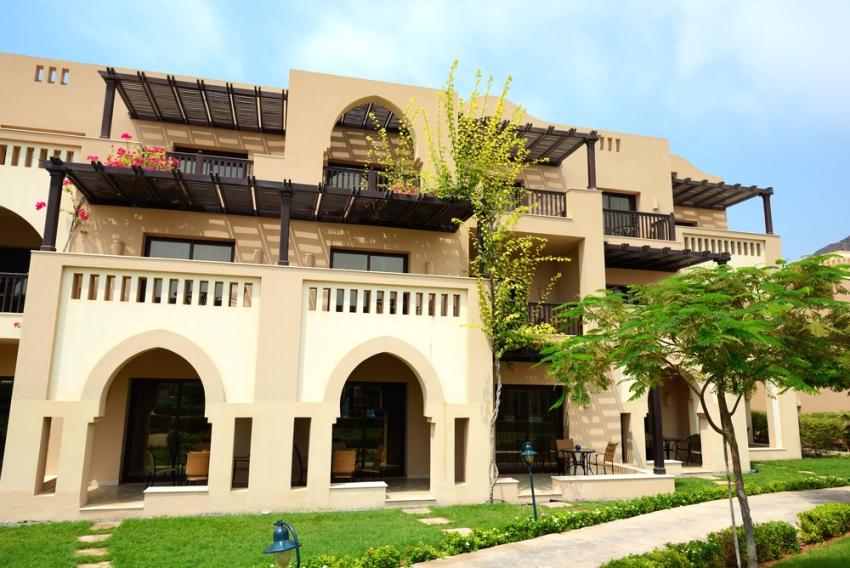 Частный двухэтажный дом в арабском стиле