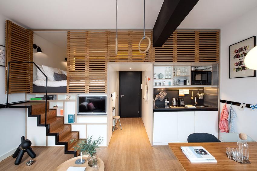 Двухуровневая организация пространства маленькой квартиры