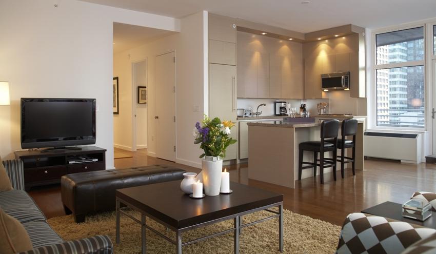 Современная квартира-студия с панорамными окнами