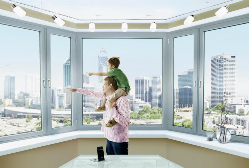 Потребление электроэнергии кондиционером зависит от погодных условий снаружи и количества окон в помещении