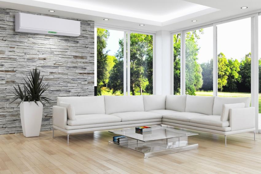 Для охлаждения площади всей квартиры лучше использовать сплит-систему