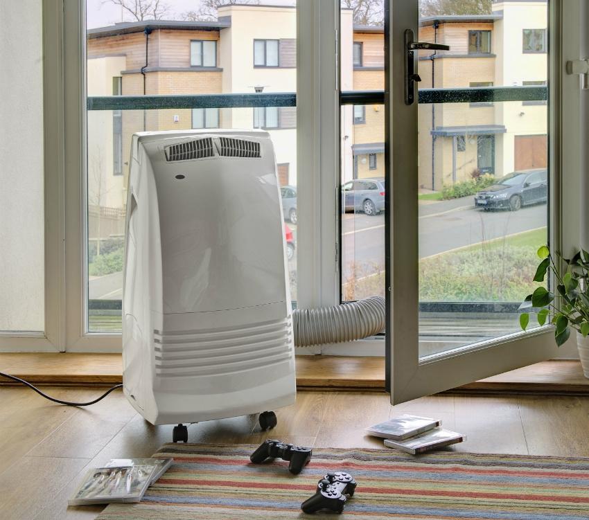 Переносной кондиционер может быть оснащен воздуховодом