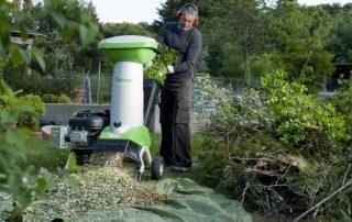 Садовый измельчитель для травы и веток: помощник для ухода за участком