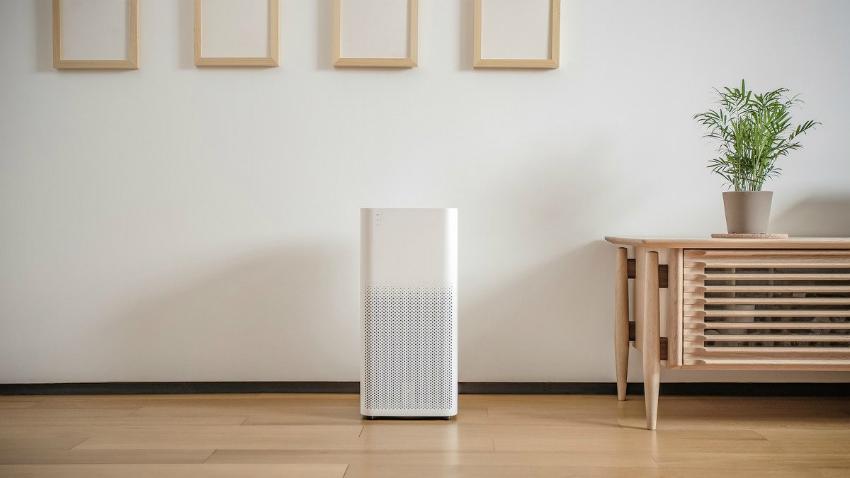 Увлажнитель поддерживает температурный показатель воздуха и оптимальную влажность в комнате