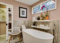 Плитка из керамики является наиболее популярным и доступным по цене материалом