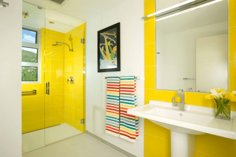 Exciting Yellow And Blue Bathroom Decor Pictures Design