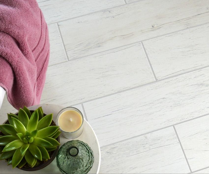 Для того чтобы швы напольной плитки имели привлекательный вид - их необходимо время от времени дезинфицировать