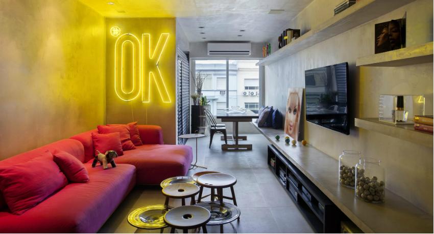 Стильные элементы освещения могут стать ярким акцентом интерьера комнаты