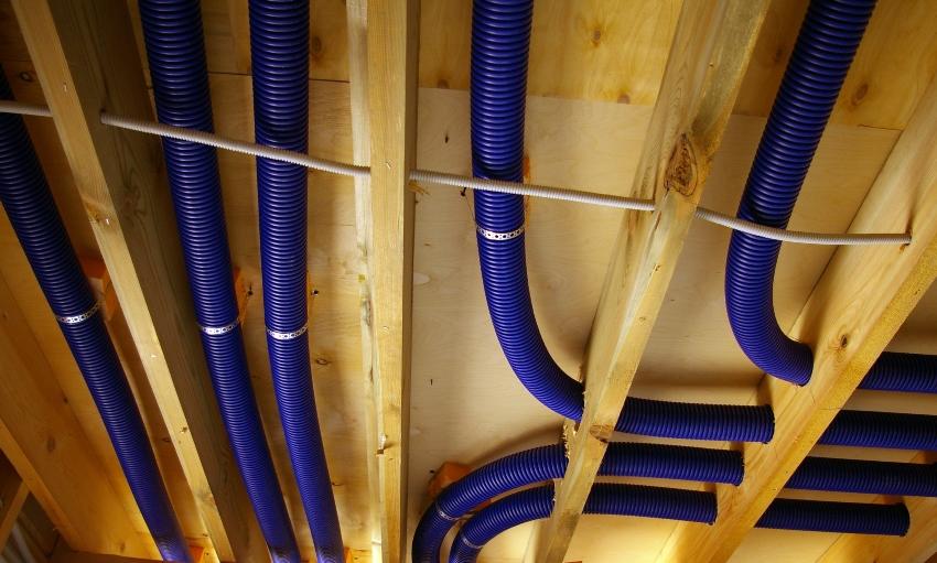 Пример монтажа вентиляции в частном доме