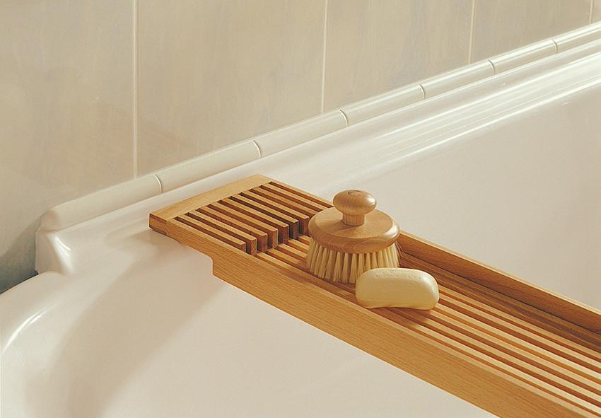 Устанавливать керамический бордюр лучше всего поверх плитки