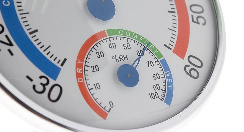 Наиболее оптимальный уровень влажности воздуха в комнате составляет 40-60%