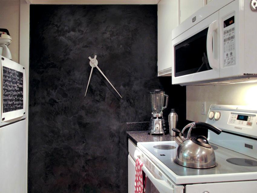 С помощью декоративной штукатурки можно не только украсить кухню, но и скрыть все неровности стен
