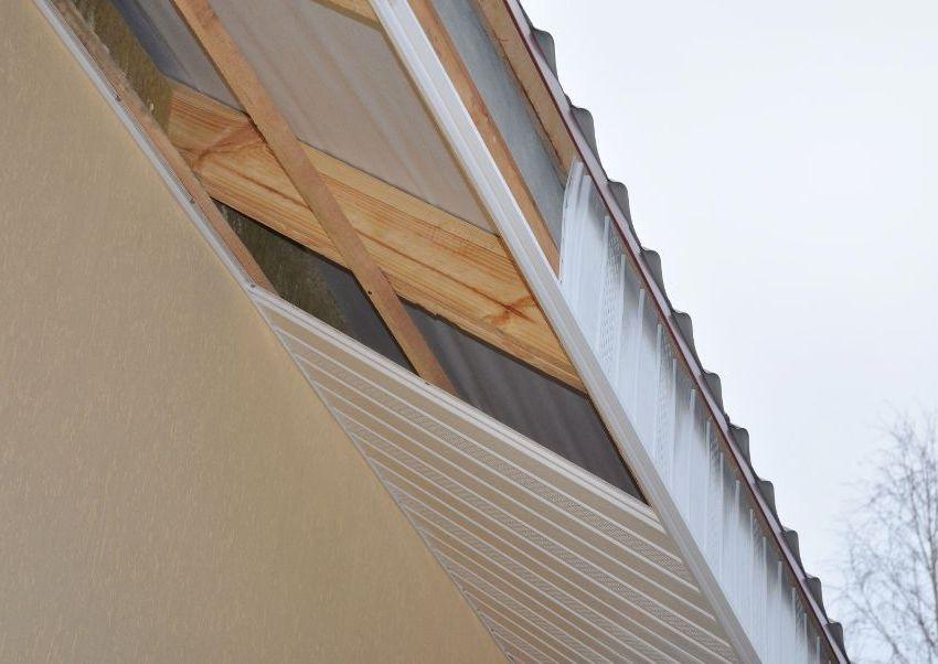 Для установки софитов необходимо смонтировать деревянный каркас