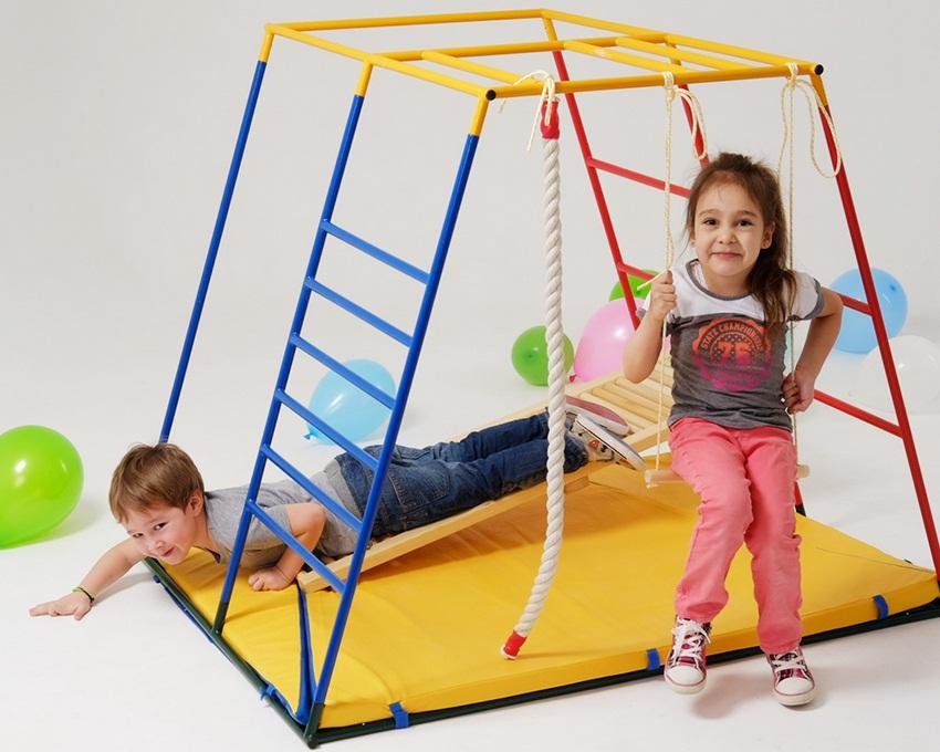 Детский спортивный уголок - лучшее место для подвижных игр