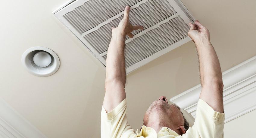 Вентилятор для вытяжки в ванной: назначение, виды и установка