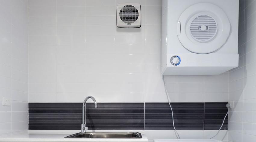 При выборе вентилятора необходимо учитывать размер помещения, где он будет использоваться