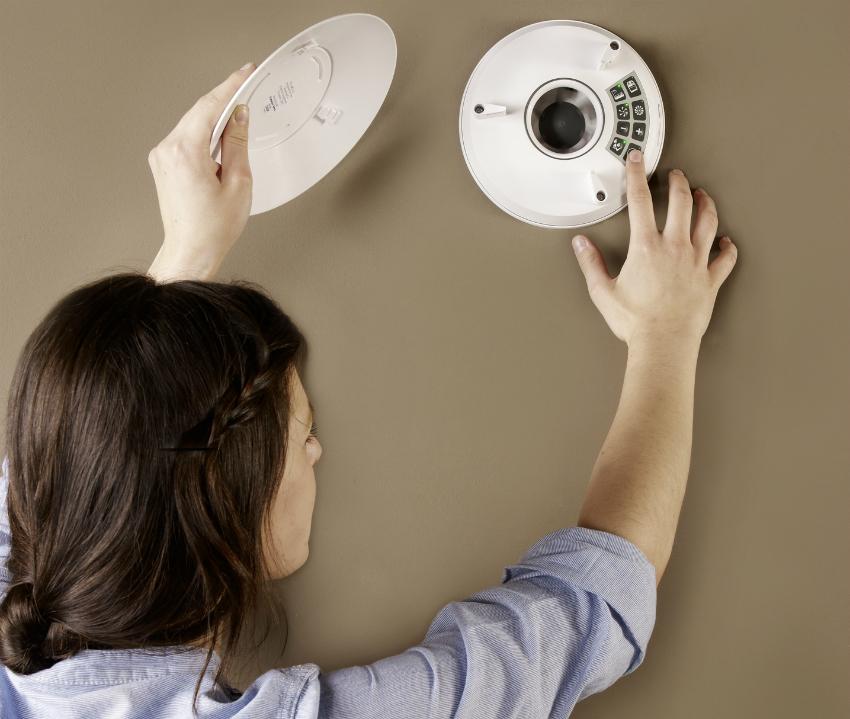 Современные модели вентиляторов могут быть оснащены удобным таймером для установки времени и режима работы