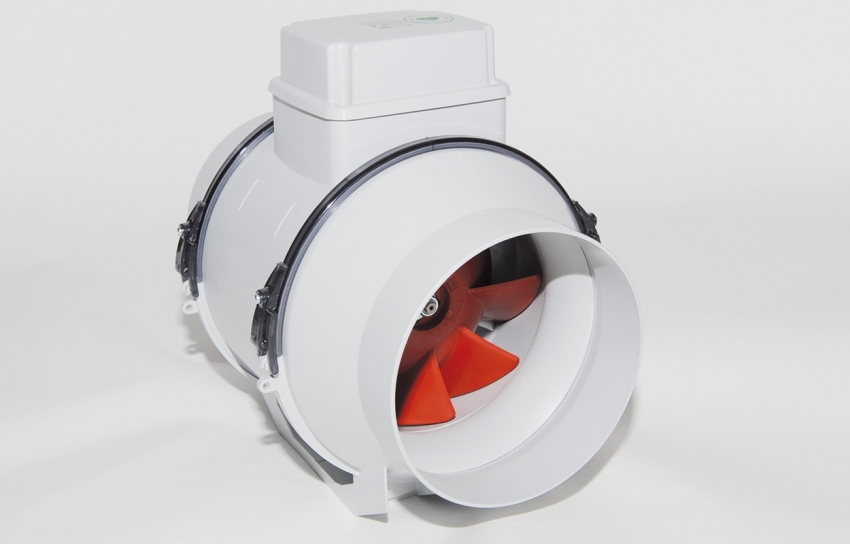 Канальные вентиляторы с пластиковым корпусом обычно используются в небольших помещениях