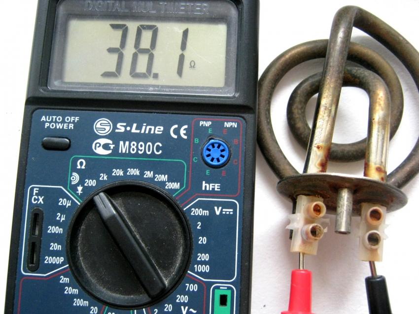 Популярной проблемой бытовой техники является выход из строя нагревательного элемента, проверить который можно с помощью мультиметра