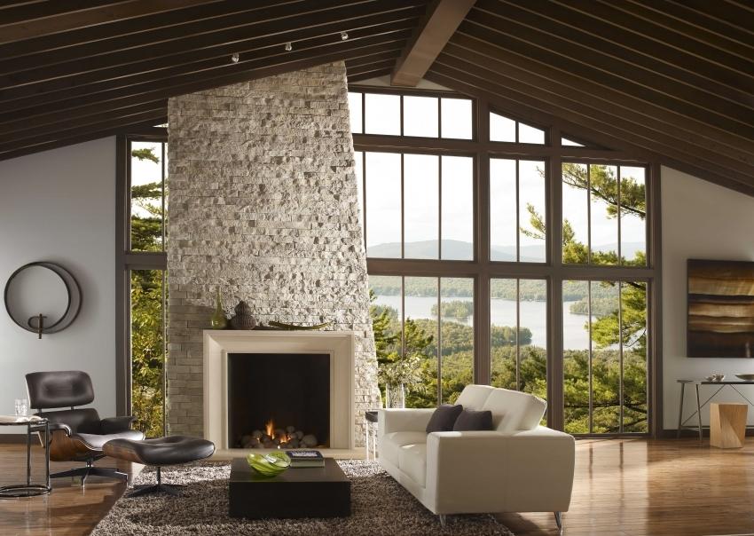 Если нет возможности установить настоящий камин - отличной альтернативой станет имитация с эффектом живого огня