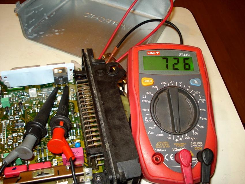 Проверка транзистора мультиметром без выпаивания из микросхемы