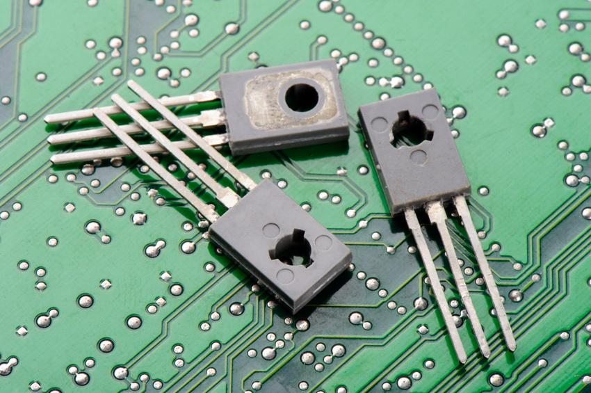 Транзистор один из основных компонентов микросхем и электрических схем