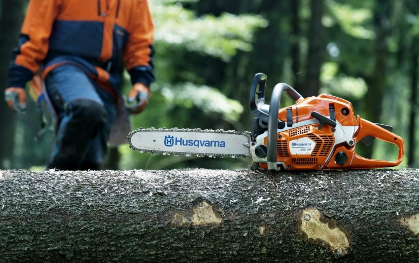 Компания Husqvarna предлагает покупателям широкий ассортимент шведских бензопил для бытового и профессионального применения