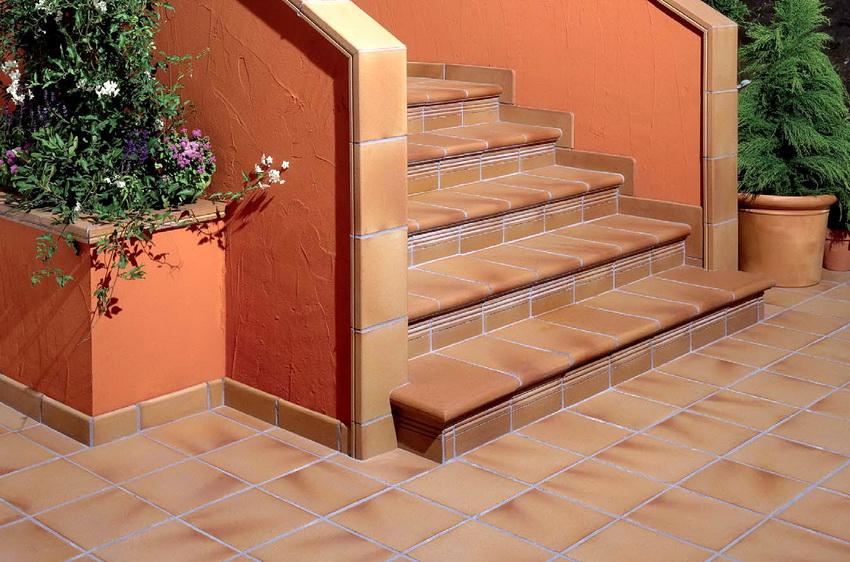 Облицовка ступеней клинкерной плиткой это практично, удобно и просто красиво