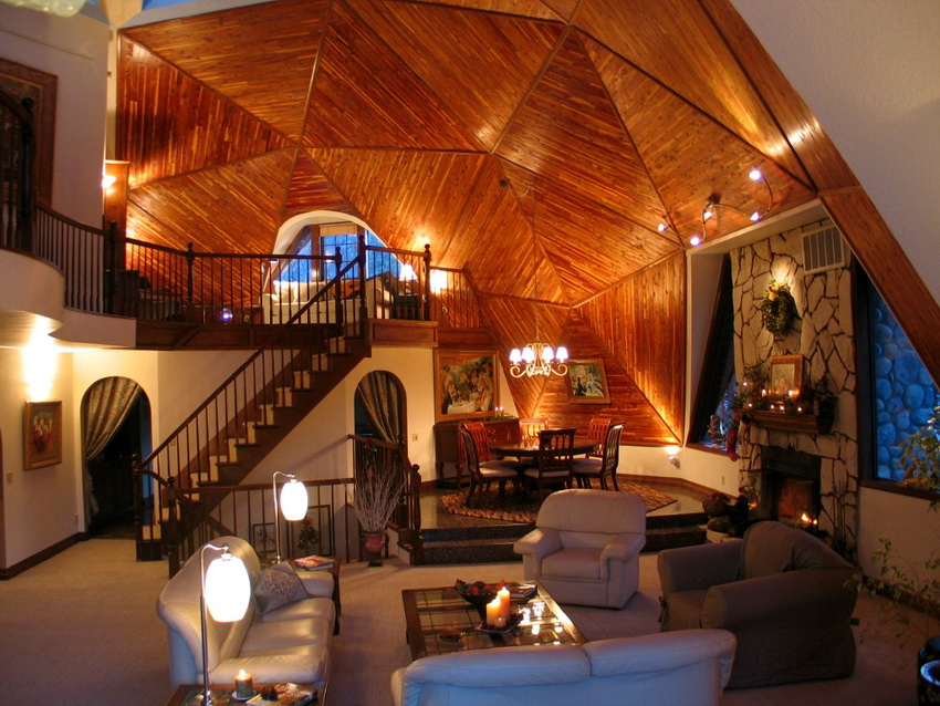 Дизайн интерьера купольного дома будет отличаться от стандартных решений