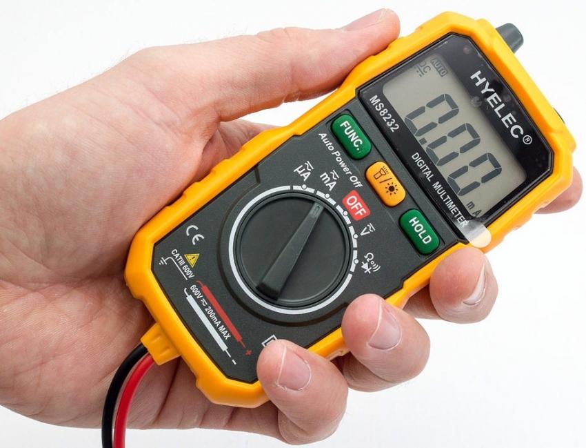 Электронный мультиметр MS8232 оснащен всеми необходимыми функциями и удобен в работе