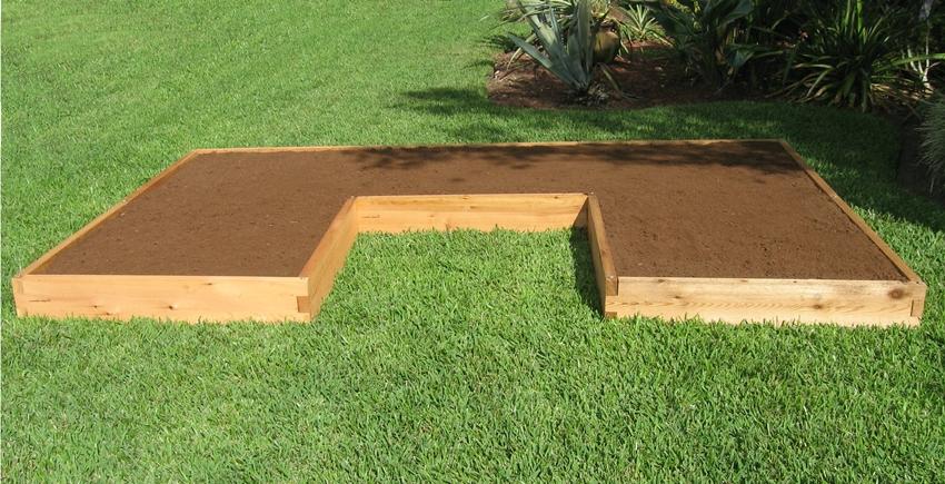 Почва для высоких грядок должна быть легкой, рассыпчатой и «пушистой»