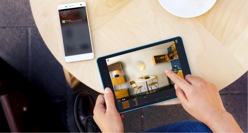 Благодаря современным технологиям, с помощью беспроводной видеокамеры можно наблюдать за домом в режиме онлайн