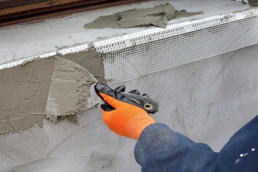 Фасадная штукатурка для наружных работ помогает защитить фасад здания от негативных атмосферных явлений