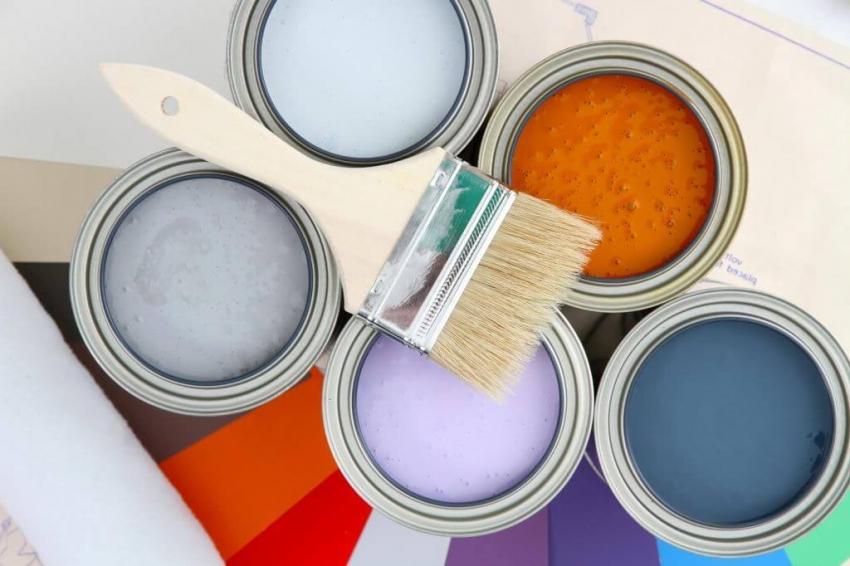 Современные производители предлагают широкую гамму оттенков акриловых красок для дерева