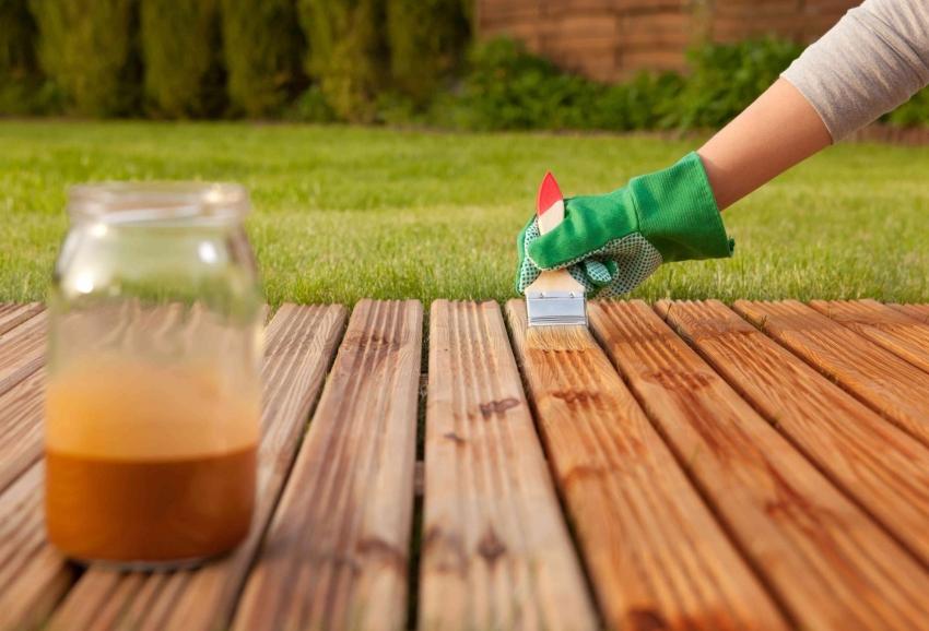 Масляную краску можно разбавить, используя уайт-спирит для получения более легкого оттенка древесины