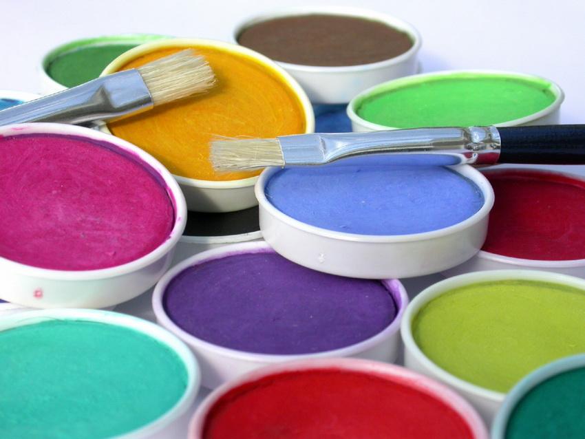 Разнообразие цветовых вариантов колеровки водоэмульсионной краски очень велико