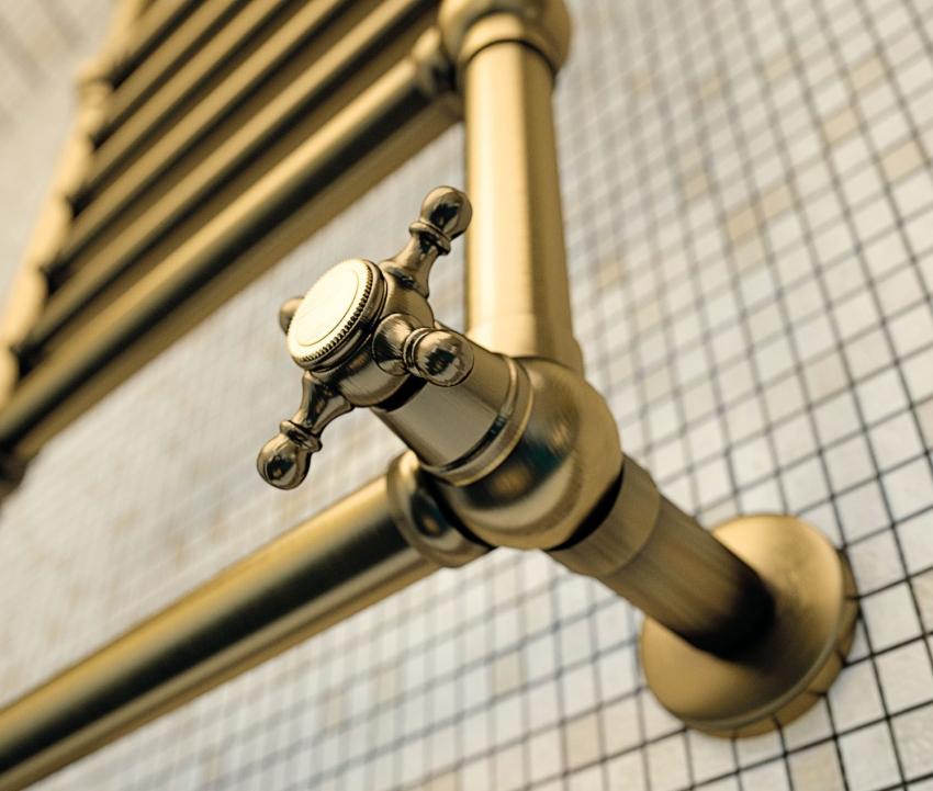 Размещение водяного полотенцесушителя следует продумать на этапе капитального ремонта помещения