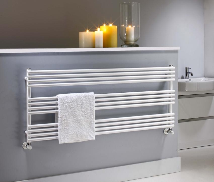 Одним из преимуществ покупки полотенцесушителя от известных производителей является удобство монтажа, поскольку все детали и крепления уже входят в комплект