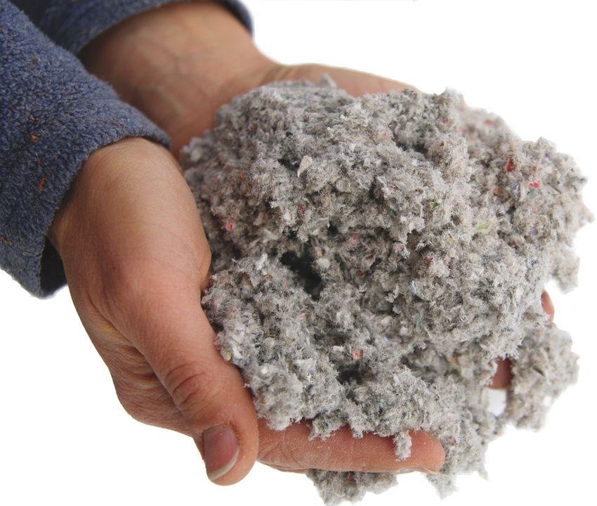 Эковата, как экологически чистый материал, используется для утепления и изоляции стен, пола и потолка