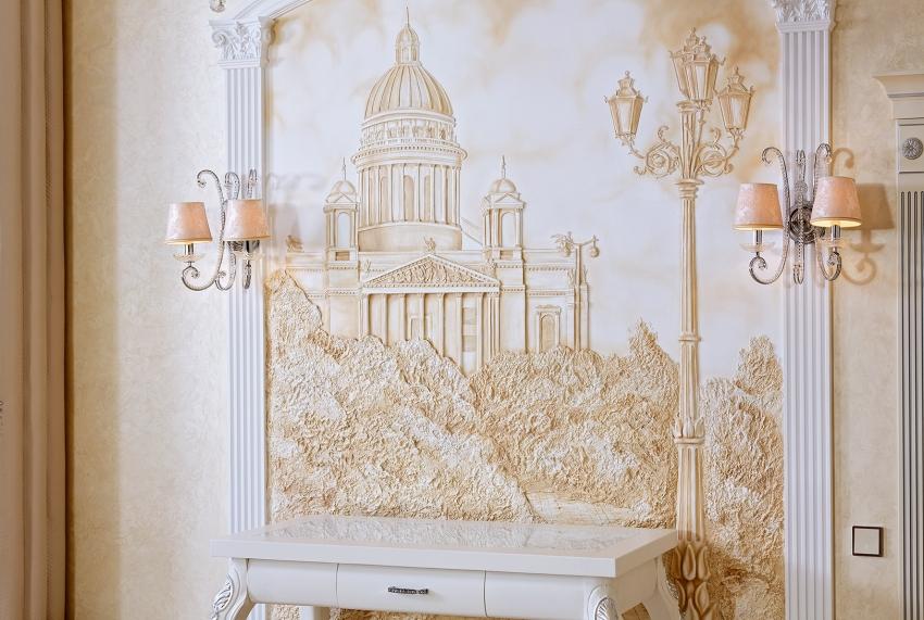 Фреска ручной работы - дорогой, но очень красивый тип отделки стен, который отлично сочетается с интерьером в классическом стиле