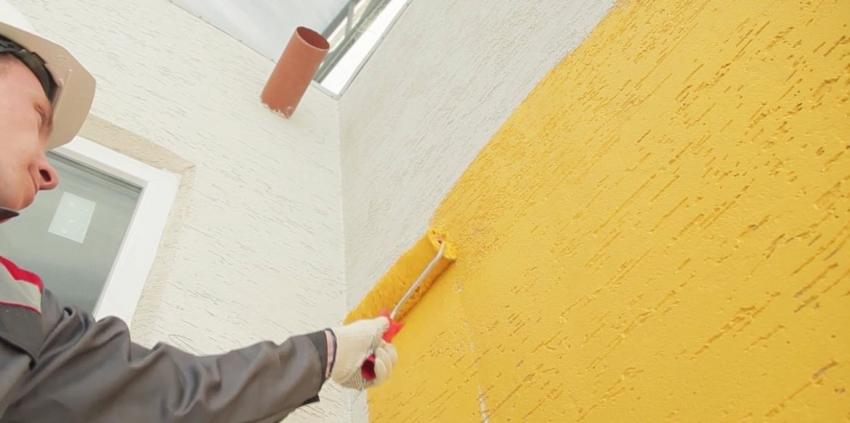 Декоративная штукатурка «короед» легко поддается окрашиванию, что очень удобно если есть необходимость в частом обновлении поверхности