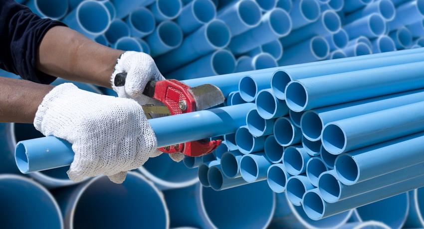Производителями изготавливаются трубы ПВХ самых разнообразных размеров, для всех вариантов канализации