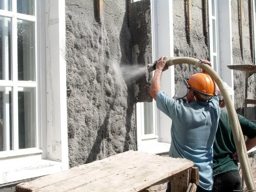 Технология нанесения эковаты для утепления стен