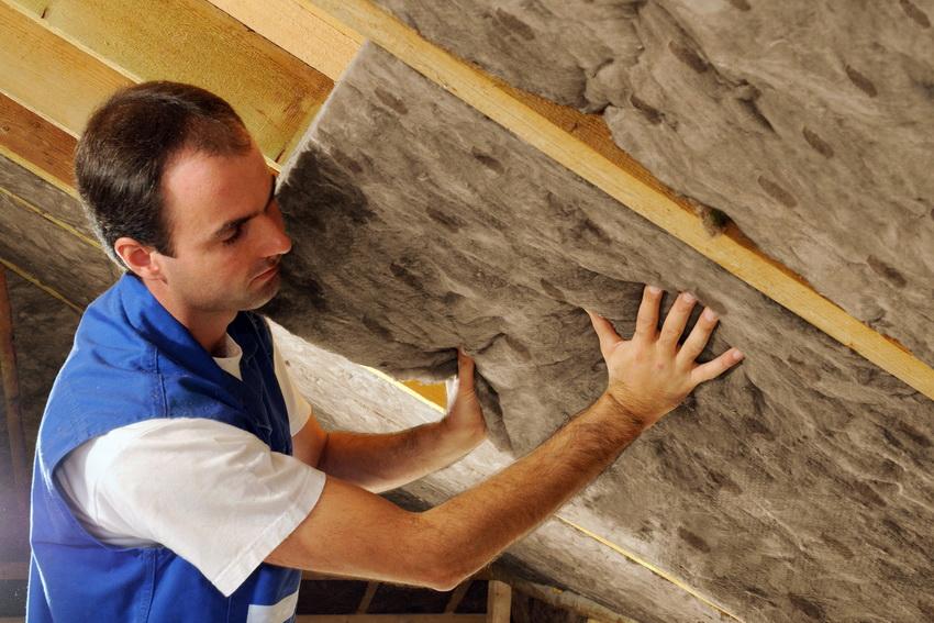 Каменная вата используется не так часто в силу своей дороговизны, однако эффективность этого материала высокая по всем показателям