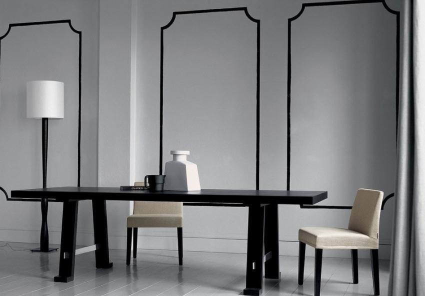 Для оформления интерьера в стиле минимализм не приветствуется использование обоев с крупным и разноцветным рисунком