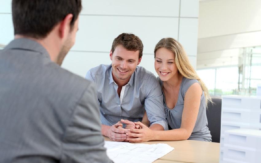 Многие банки предоставляют кредит на строительство частного дома