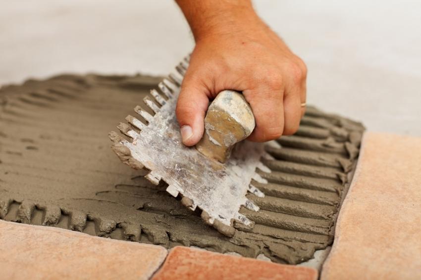 Качество клеевого состава определяет длительность эксплуатации плиточного покрытия